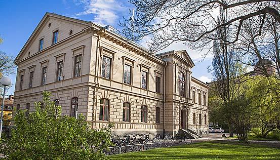 Kontakta Dag Hammarskjöldsbiblioteket i Uppsala